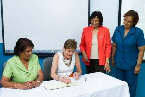 20120502-NGHS-Governess-0244